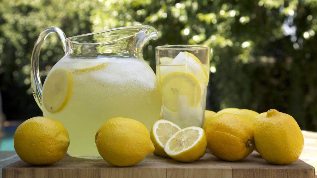 bebi agua con limon durante dos semanas y esto es lo que paso 1