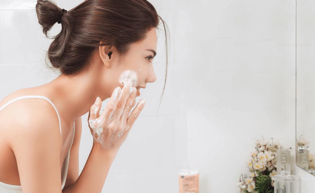 pasos para una buena limpieza facial diaria portada 1 2