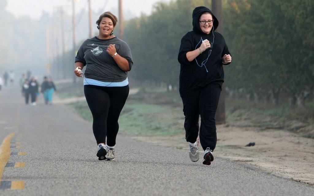 8 síntomas y causas de la obesidad